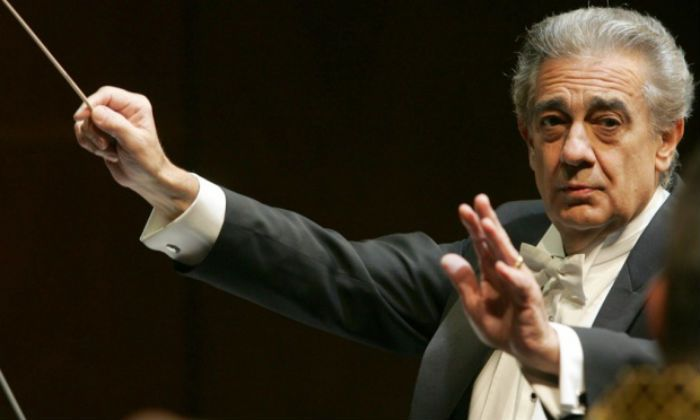 Conducting the Vienna Philharmonic Orchestra 2006