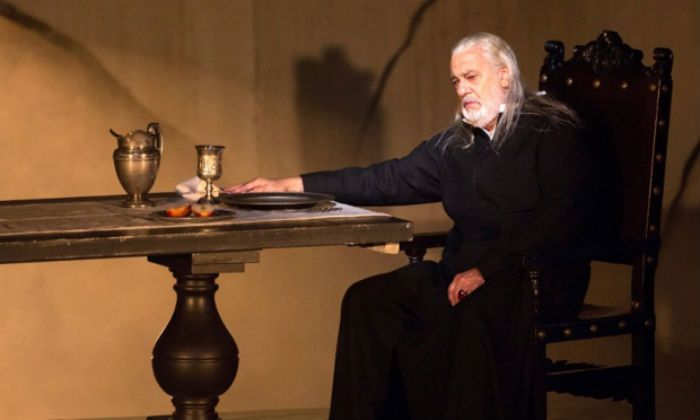 In Verdi's Due Foscari singing the baritone role of Francesco Foscari