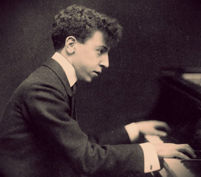 Arthur Rubinstein was one of the last great pianists with a direct connection to the 19th century