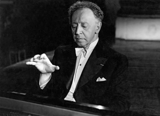 Rubinstein believed that a foremost danger for young pianists is to practice too much.