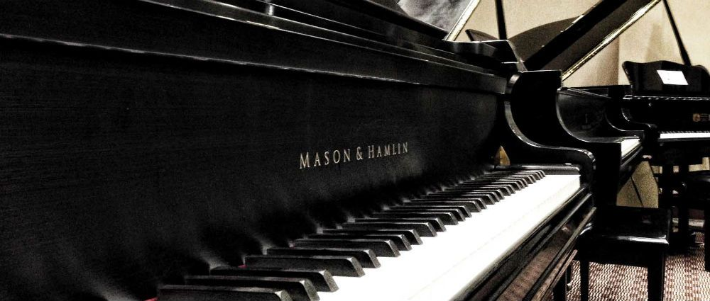 piano stores closing as fewer students taking up the instrument