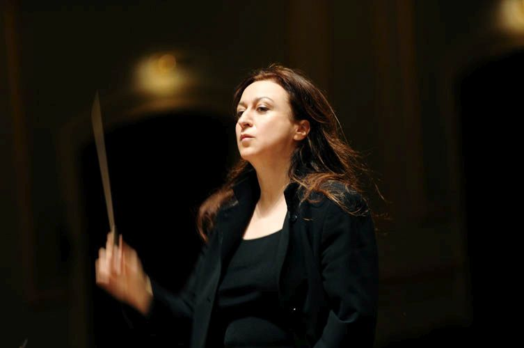 Conductor Simone Young. Photo: simoneyoung.com