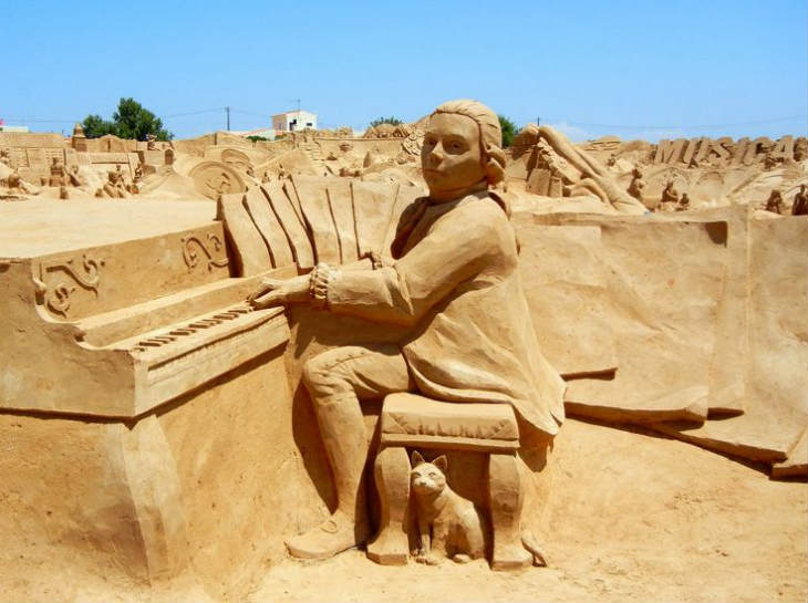 Mozart Sand Sculpture