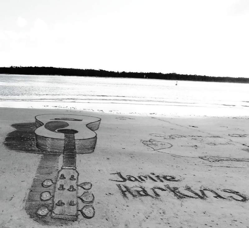 jamie harkings guitar sand art
