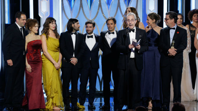 Mozart in the jungle wins two golden globes