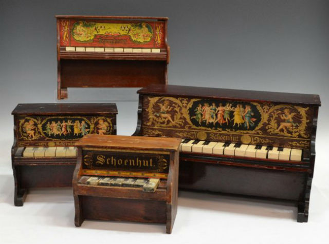 The Schoenhut Piano Company