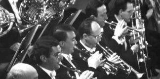 Leonard Bernstein conducts the London Symphony Orchestra