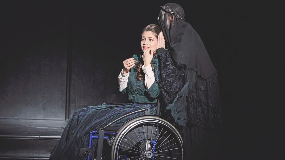 Soprano Anna Virovlansky