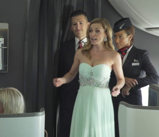 Watch a mezzo soprano perform to airline passengers at 40,000 feet