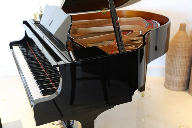 Buying Piano
