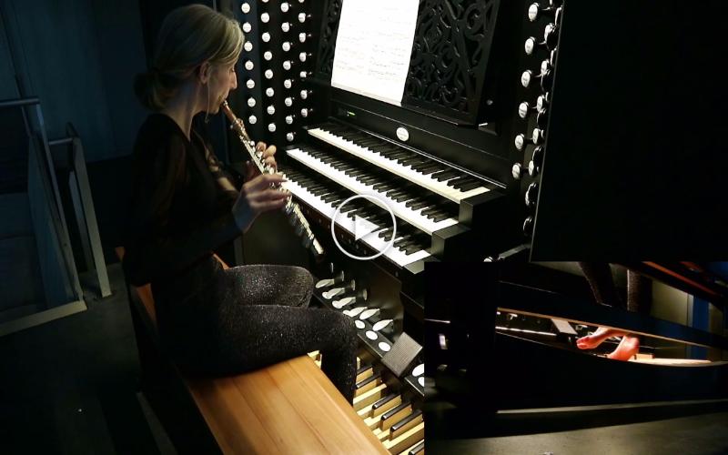 Play Bach Flute Sonata-Flute and Organ at The Same Time
