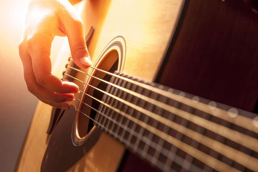 Reasons Learn to Play the Classical Guitar