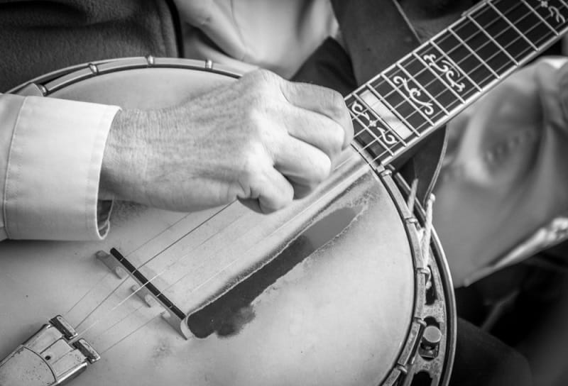 How to Learn Banjo at Home by Yourself