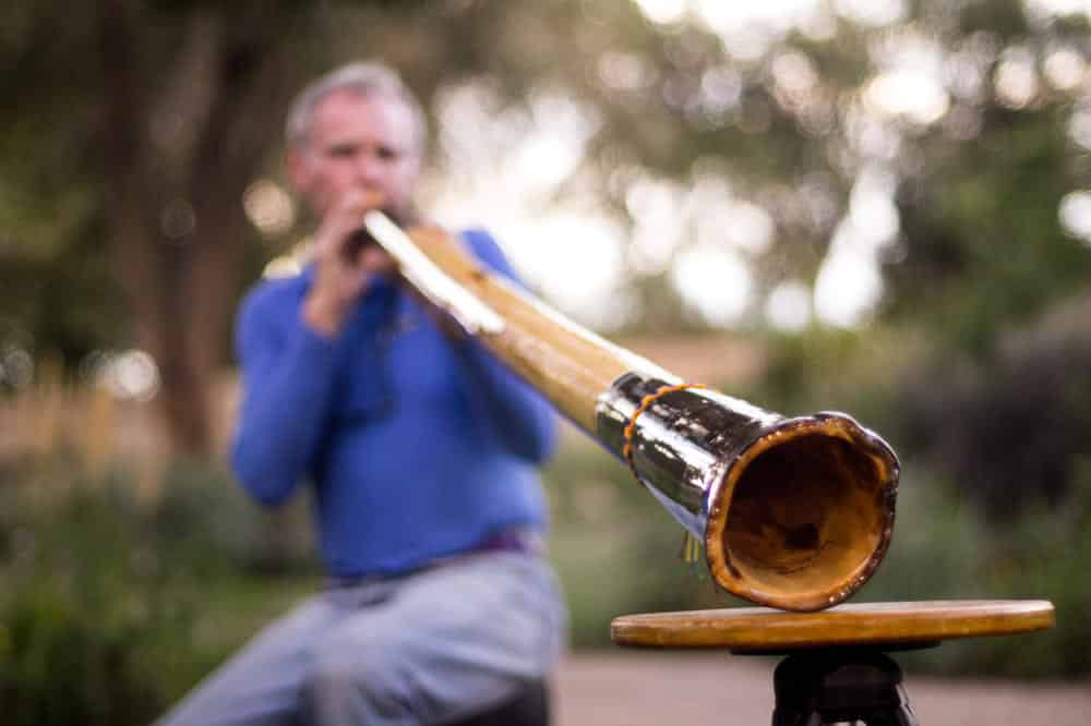 learn didgeridoo lessons online