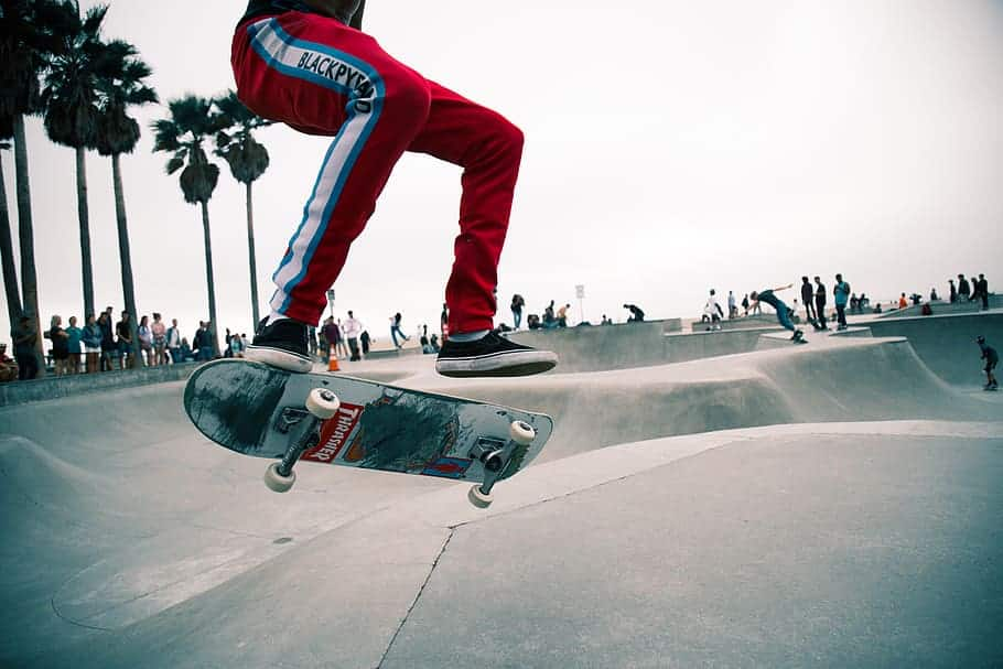 learn skateboarding lessons online