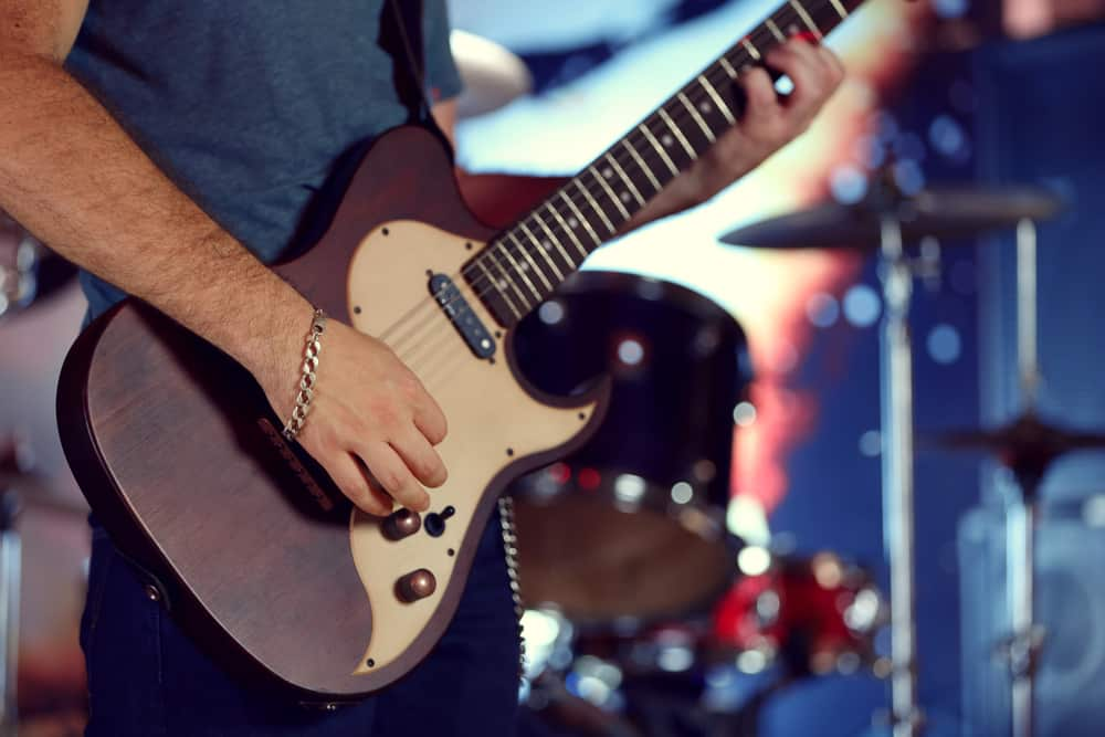 Best Ways To Learn Electric Guitar
