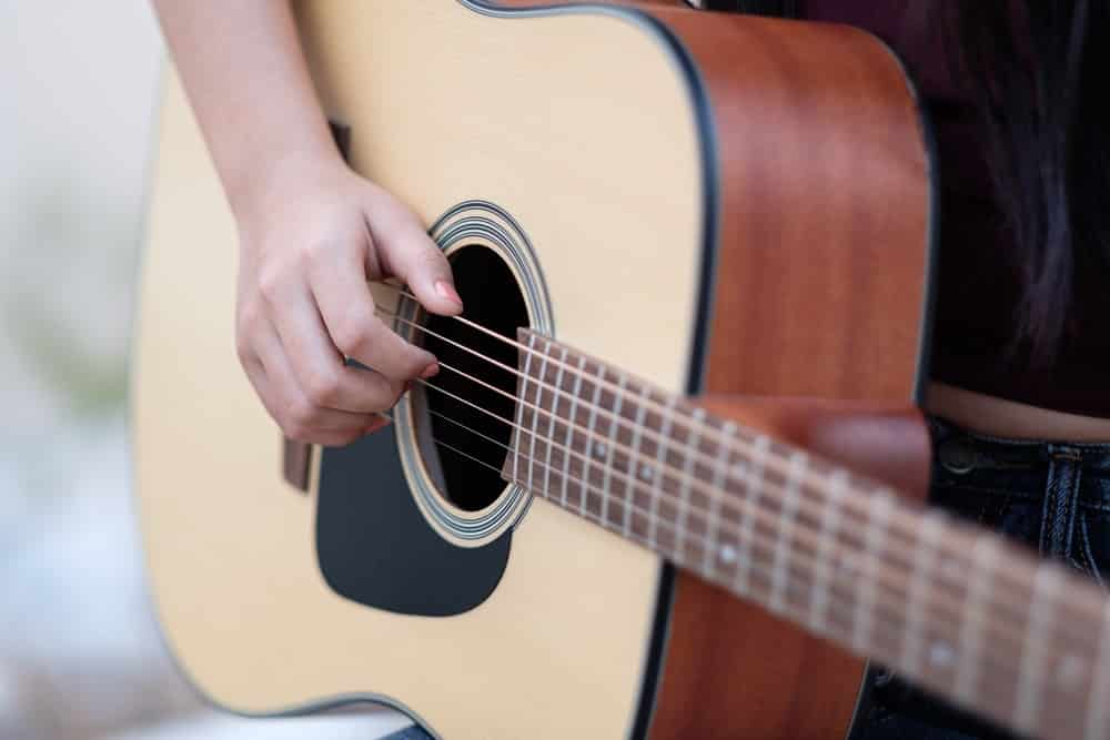 How Much Do Classical Guitar Lessons Cost
