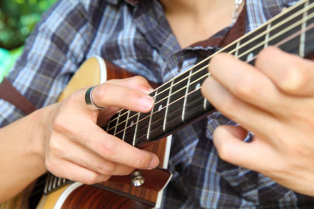 learn guitar tapping lessons online