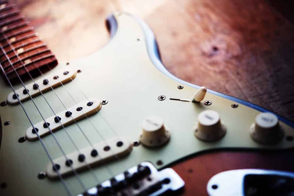 learn guitar tone and gear lessons online